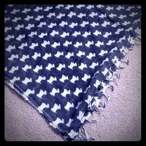 Scottish Terroir Scotty dog wool scarf